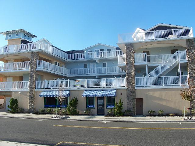 patricks corner condos - 100 east 17th avenue - north wildwood summer vacation rentals with pools