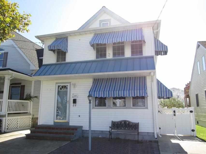 1603 ATLANTIC AVENUE #2 - NORTH WILDWOOD SUMMER VACATION RENTAL -  4 bedroom, 1 bath vacation home located in North Wildwood. Home sleeps 10 people: 3 queen, 4 twin. Full kitchen has fridge, range, dishwasher, icemaker, disposal, microwave, toaster, coffeemaker and blender. Amenities include central a/c, outside shower, grill, washer/dryer and wifi. No off street parking. North Wildwood Rentals, Wildwood Rentals, Wildwood Crest Rentals and Diamond Beach Rentals in all price ranges for weekly, monthly, seasonal and weekend vacation rentals plus Wildwood real estate sales of homes, condos, vacation and investment properties in and around Wildwood New Jersey. We offer over 400 properties plus exclusive vacation homes so you can book the shore rental of your choice online and guarantee your vacation at the Shore. Rent with confidence at Island Realty Group!