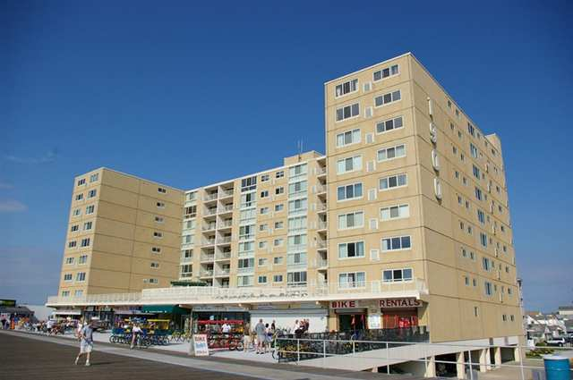 NORTH WILDWOOD RENTALS AT 1900 BOARDWALK - UNIT 410 - Beachfront complex with an unbelievable ocean view located on complete with pool and huge sundeck. 1 bedroom 1 bath unit fully outfitted and ready for your summer vacation.
