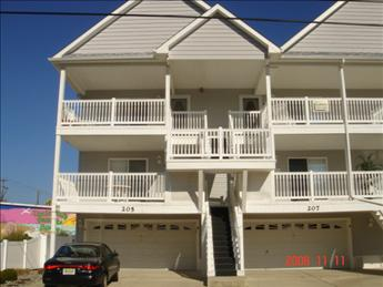 WILDWOOD RENTALS at 205 EAST ANDREWS AVENUE - Three bedroom, two bath vacation home located close to the Convention Center in Wildwood. Home offers a full kitchen with range, fridge, dishwasher, disposal, microwave, toaster, and coffeemaker. Amenities include central a/c, washer/dryer, balcony, and 3 car off street parking. Sleeps 8; 2 queen , twin bunk and full sleep sofa!