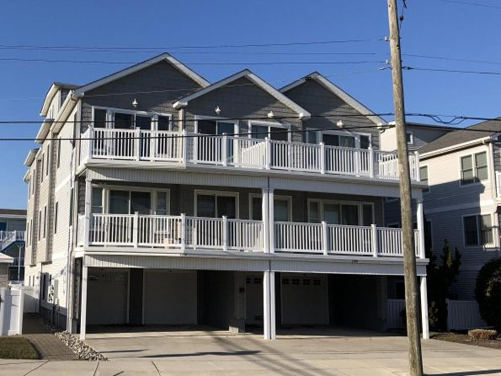 2510 SURF AVENUE #200 - NORTH WILDWOOD SUMMER VACATION RENTALS WITH POOLS - Three bedroom, two bath vacation home with bonus loft! Home offers full kitchen with fridge, icemaker, range, microwave, disposal, dishwasher, coffeemaker, crock pot, Keurig, toaster and blender. Sleeps 10; 2 queen, 2 full, full/twin bunk and full sleep sofa. Amenities include; pool, outside shower, washer, dryer, central a/c, 3 car off street parking and balcony! Wildwood Rentals, North Wildwood Rentals and Wildwood Crest Rentals in all price ranges for weekly, monthly, seasonal and weekend vacation rentals plus Wildwood real estate sales of homes, condos, vacation and investment properties in and around Wildwood New Jersey. On our website you will also find information on amusements, attractions, special events and things to do throughout the Wildwoods and Cape May County