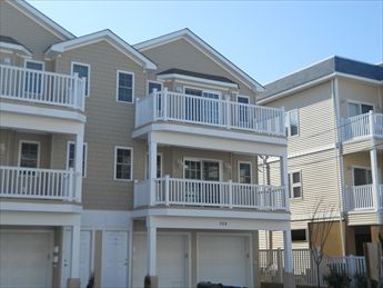 310 EAST PINE AVENUE #102 - WILDWOOD SUMMER VACATION RENTALS - Three bed/two bath vacation home with pool, 1 block to the beach and boardwalk. Full kitchen offers a range, fridge, microwave, toaster, coffeemaker, disposal, and dishwasher. Amenities include pool, outside shower, central a/c, washer/dryer, 2 car garage. Centrally located between both amusement piers, walk to everything! Sleeps 8; 1 queen, 1 double, 2 singles, 1 double sofa bed. Beautiful and well appointed Great location between both amusement piers!