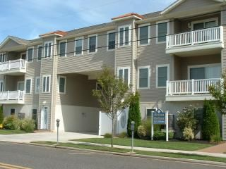 317 EAST 24TH AVENUE - NORTH WILDWOOD RENTALS at OCEAN HOLLOW - Pet friendly! (under 20lbs) Three bedrooms, 2 baths with a pool! Home offers a full kitchen with range, fridge, dishwasher, microwave, disposal, toaster, blender, icemaker, coffeemaker. Amenities include pool, outside shower, balcony, gas bbq, washer/dryer, wifi, central a/c, and 2 car off street parking. North Wildwood Rentals, Wildwood Crest Rentals and Diamond Beach Rentals in all price ranges for weekly, monthly, seasonal and weekend vacation rentals plus Wildwood real estate sales of homes, condos, vacation and investment properties in and around Wildwood New Jersey. We offer over 400 properties plus exclusive vacation homes so you can book the shore rental of your choice online and guarantee your vacation at the Shore. Rent with confidence at Island Realty Group!