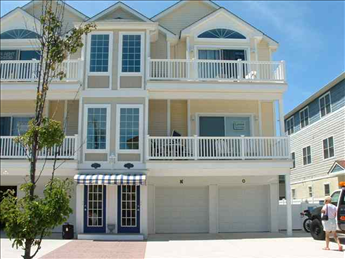 418 EAST 24TH AVENUE - OCEAN HAVEN UNIT N - NORTH WILDWOOD BEACHBLOCK SUMMER VACTION RENTALS - Three bedroom, two bath vacation home located in Ocean Haven Condominiums, beach block! Home has a full kitchen with range, fridge, dishwasher, microwave, toaster, and coffeemaker. Sleeps 8; 2 queen, 2 twin, and queen sleep sofa. Amenities include central a/c, washer/dryer, wifi, outside shower, balcony, and 4 car off street parking. Two spots are in garage and two are on parking pad marked N on side of building. North Wildwood Rentals, Wildwood Rentals, Wildwood Crest Rentals and Diamond Beach Rentals in all price ranges for weekly, monthly, seasonal and weekend vacation rentals plus Wildwood real estate sales of homes, condos, vacation and investment properties in and around Wildwood New Jersey. We offer over 400 properties plus exclusive vacation homes so you can book the shore rental of your choice online and guarantee your vacation at the Shore. Rent with confidence at Island Realty Group! Visit www.wildwoodrents.com to book online or call our office at 609.522.4999. Our office at 1701 New Jersey Avenue in North Wildwood is open 7 days a week!