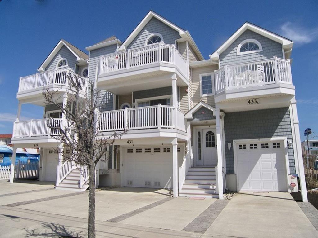 429 EAST 24TH AVENUE – UNIT A – NORTH WILDWOOD BEACHBLOCK SUMMER VACATION RENTAL - Three bedroom, two bath vacation home steps from the beach and boardwalk. Home offers a full kitchen with range, refrigerator, dishwasher, disposal, microwave, toaster, coffeemaker and ice maker. Sleeps 9; 3 queen, 1 twin and queen sleep sofa. Amenities include central a/c, washer/dryer, off street parking for 3 vehicles, outside shower, and balcony! North Wildwood Rentals, Wildwood Rentals, Wildwood Crest Rentals and Diamond Beach Rentals in all price ranges for weekly, monthly, seasonal and weekend vacation rentals plus Wildwood real estate sales of homes, condos, vacation and investment properties in and around Wildwood New Jersey. We offer over 400 properties plus exclusive vacation homes so you can book the shore rental of your choice online and guarantee your vacation at the Shore. Rent with confidence at Island Realty Group!